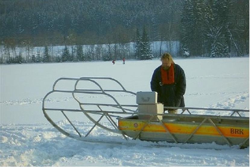 Tüttensee-Meteoritenkrater Gravimetrie auf Eis